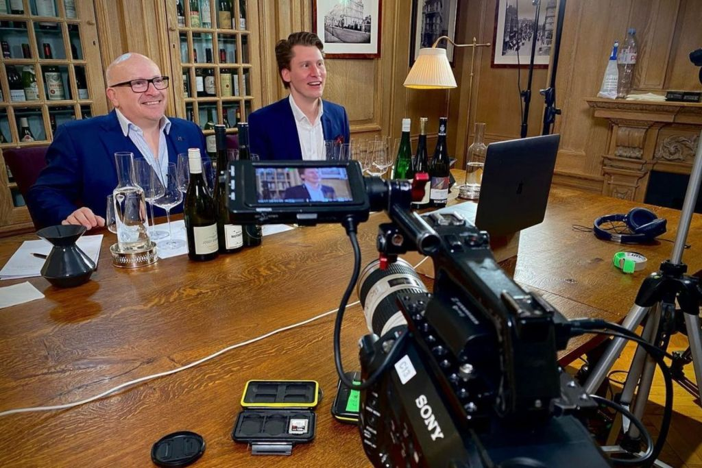 Stefan Neumann MS with Ronan Sayburn MS filiming at 67 Pall Mall